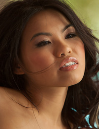 Cindy is petite, hot and playful... Watch her share a passionate morning of pleasures with her boyfriend.